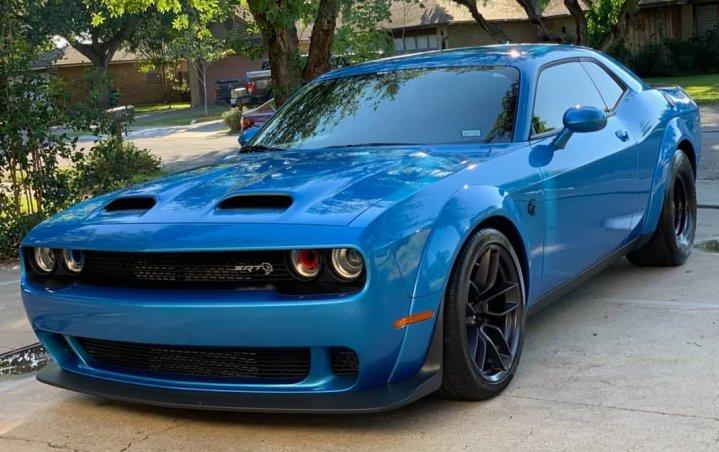 Dodge Challenger Frostbite