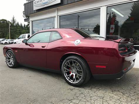 Dodge Challenger Octane Red