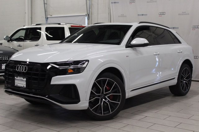 Audi Q8 Pure White