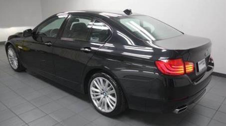 BMW 5 Sedan Black Sapphire