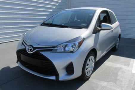 Toyota Yaris Silver Metallic