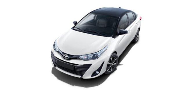 Toyota Yaris Super White With Attitude Black
