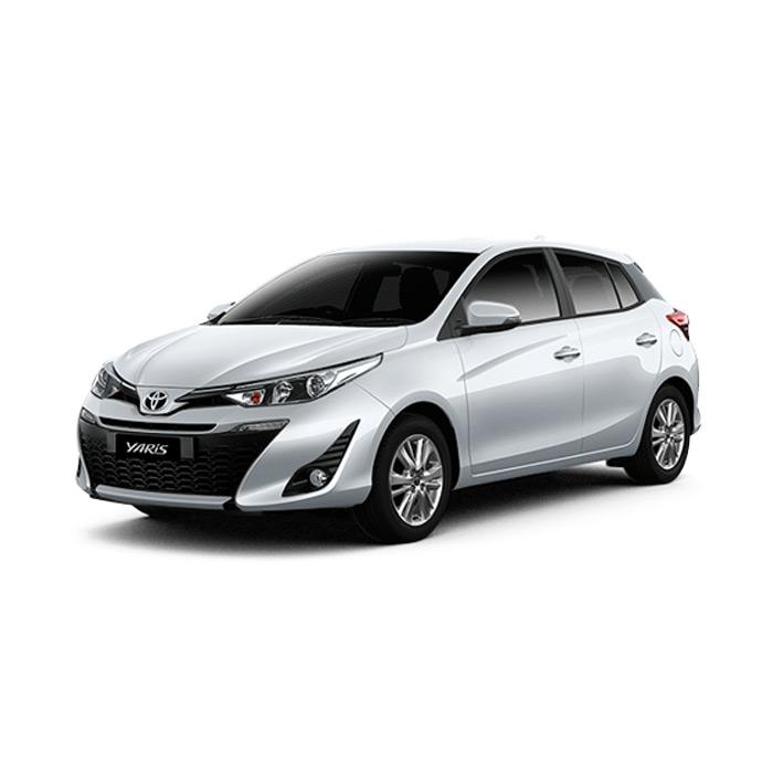Toyota Yaris Superwhite