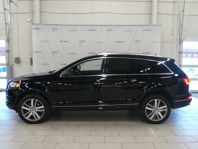 Audi Q7 Night Black