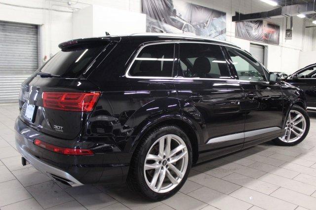 Audi Q7 Orca Black metallic
