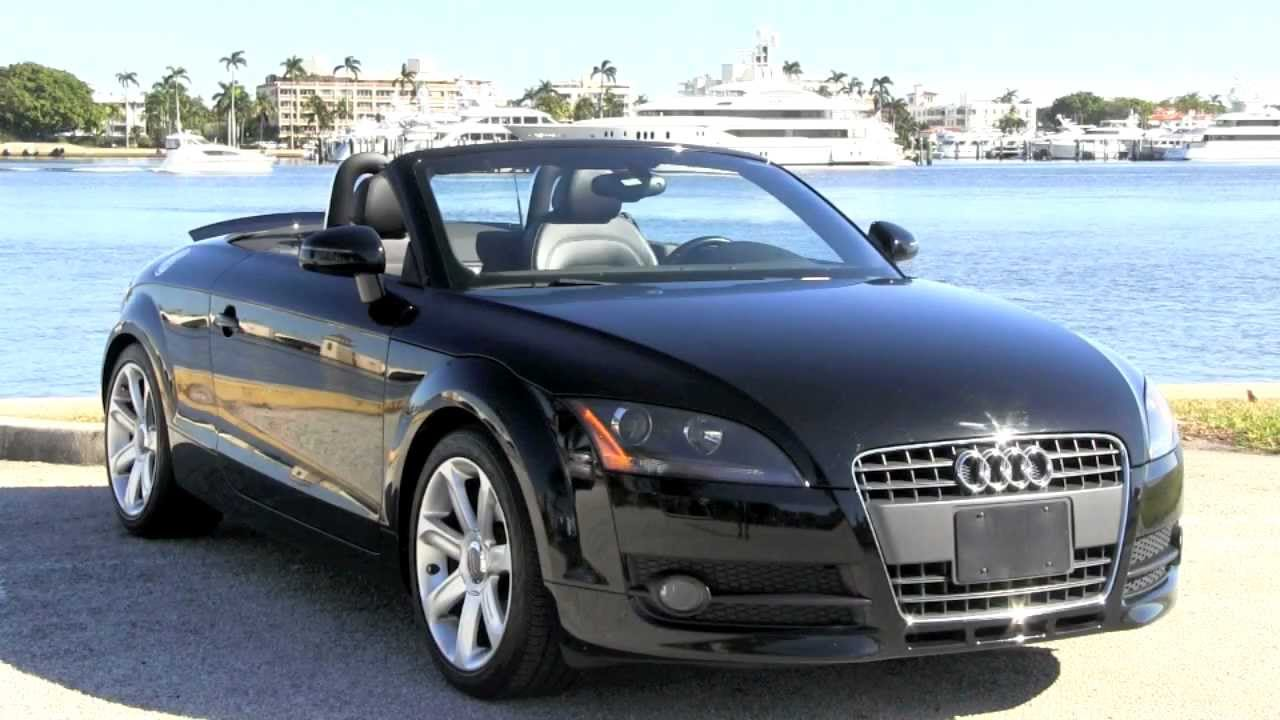 Audi TT Brilliant Black
