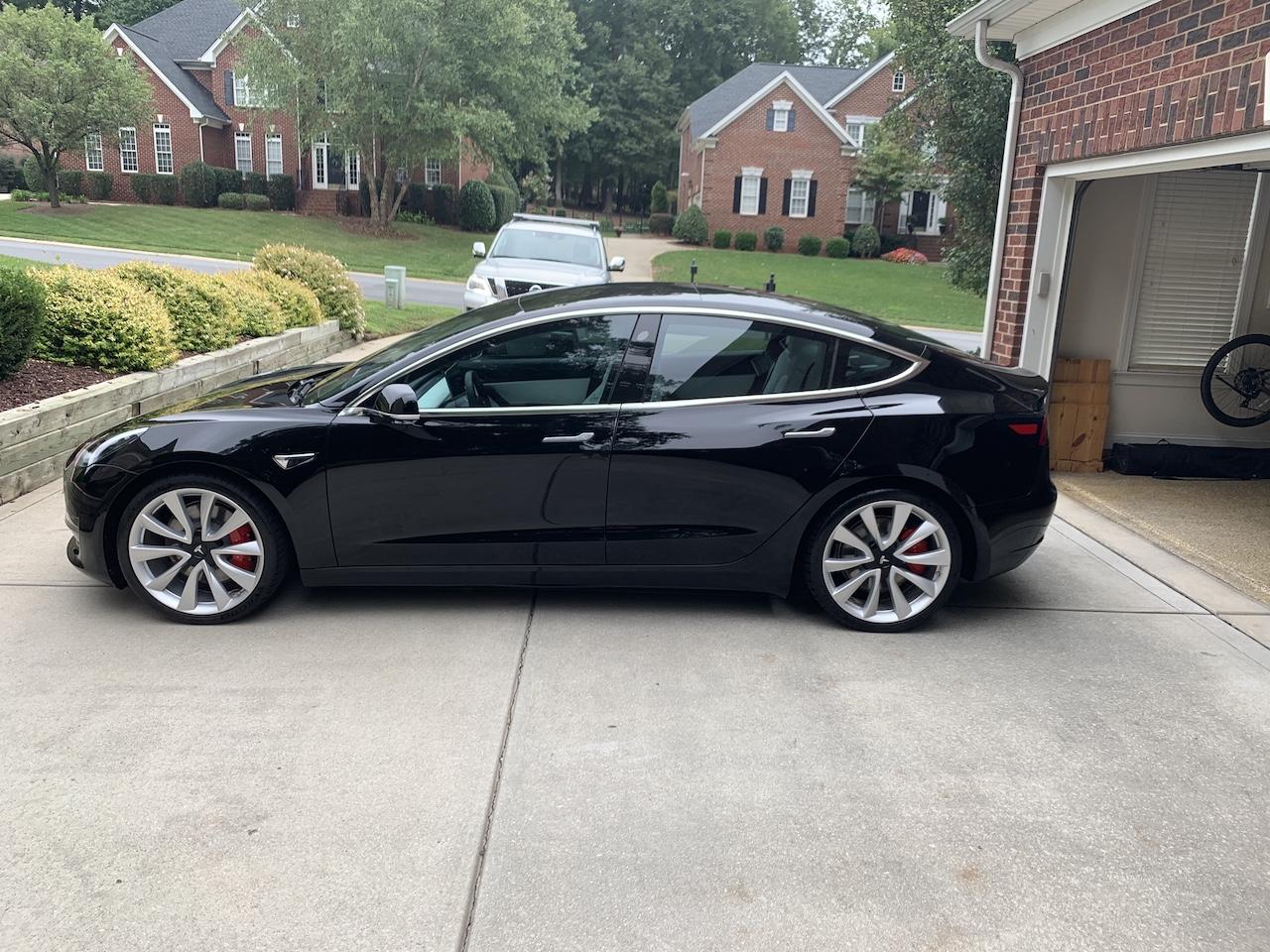 Tesla Model 3 Solid Black