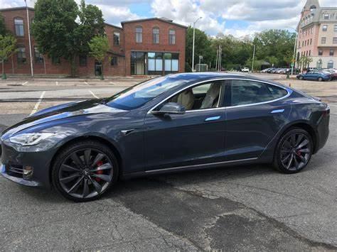 Tesla Model S Midnight Silver Metallic