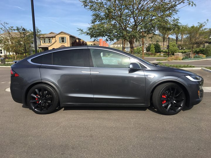 Tesla Model X Midnight Silver Metallic
