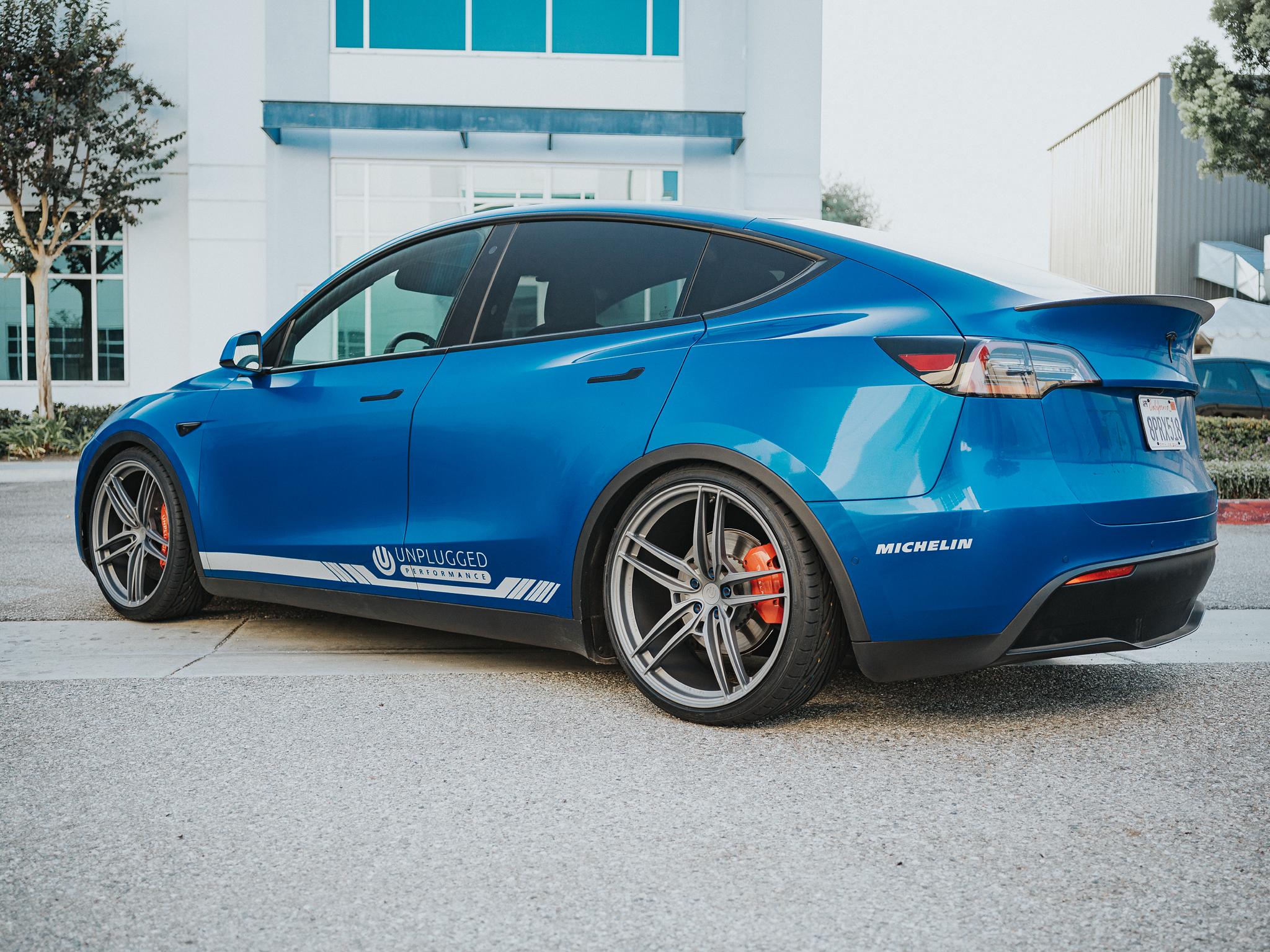 Tesla Model Y Deep Blue Metallic