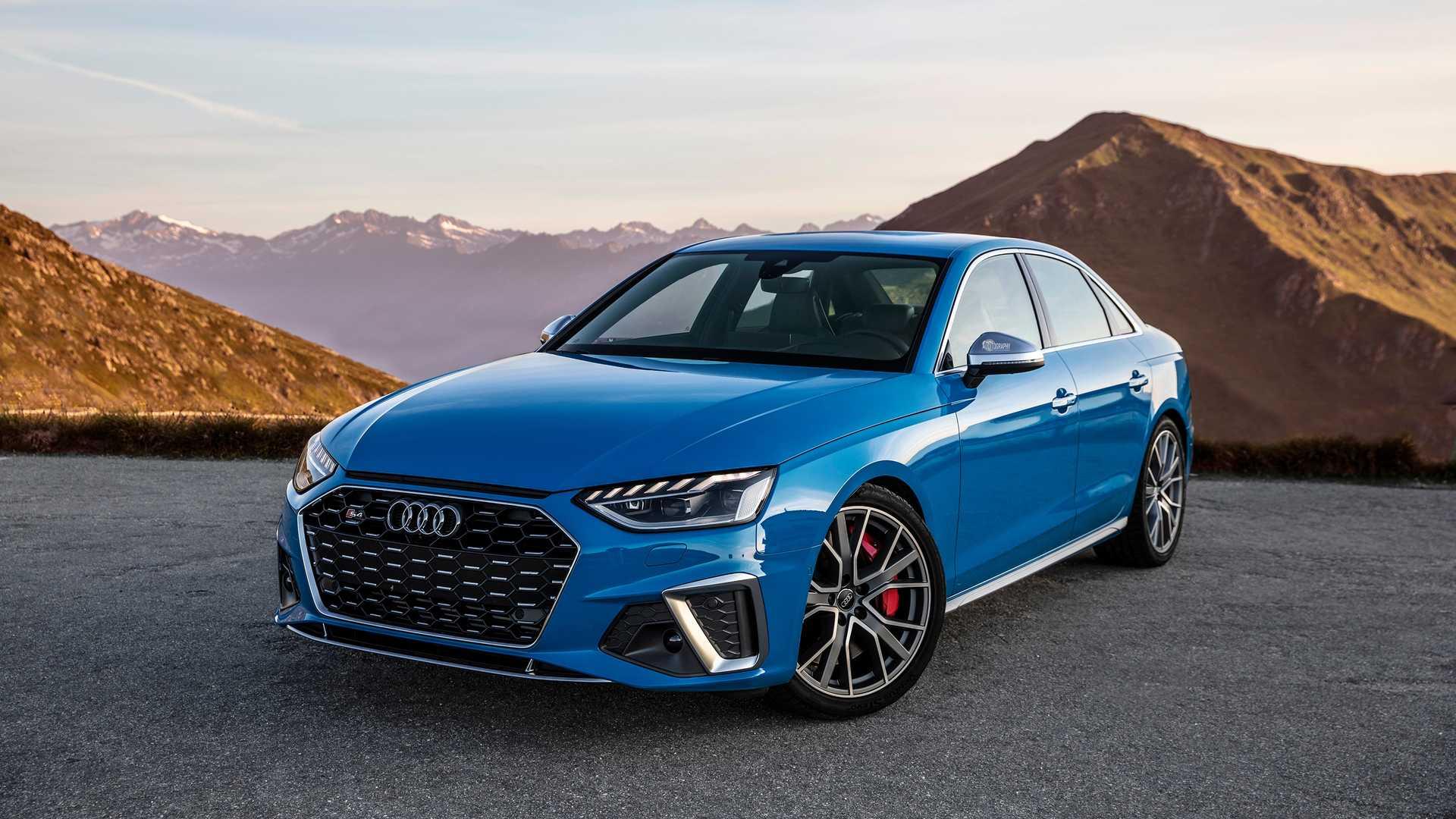 Audi S4 Turbo blue