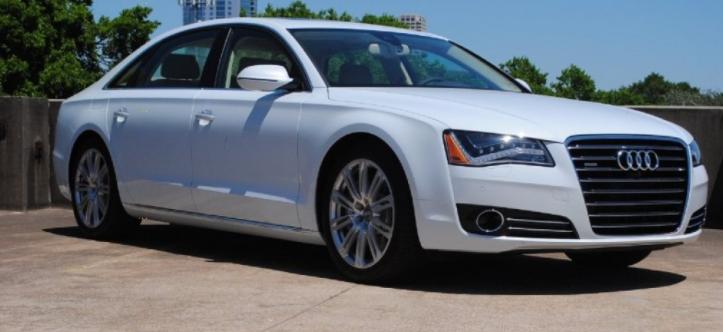 Audi A8 Glacier white